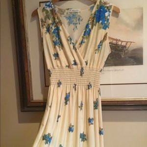 Jon & Anna Floral Dress